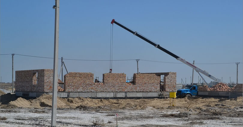 В Кызылорде начато строительство домов для многодетных семей