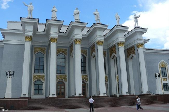 Дворцы культуры в Караганде останутся без ремонта