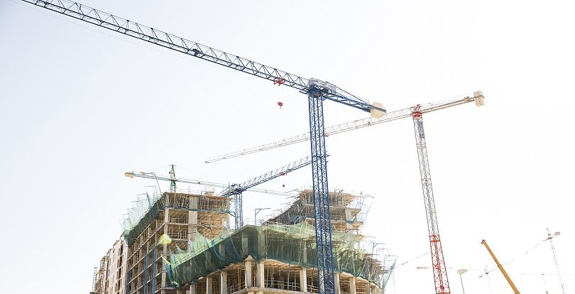 Аким Нур-Султана накажет виновных за срывы сроков строительства жилья