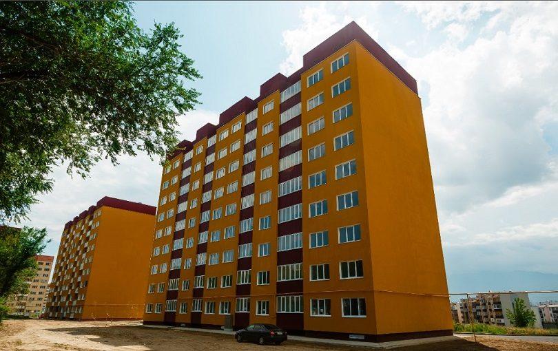 Многоквартирный жилой дом в мкр. Алгабас в Алматы