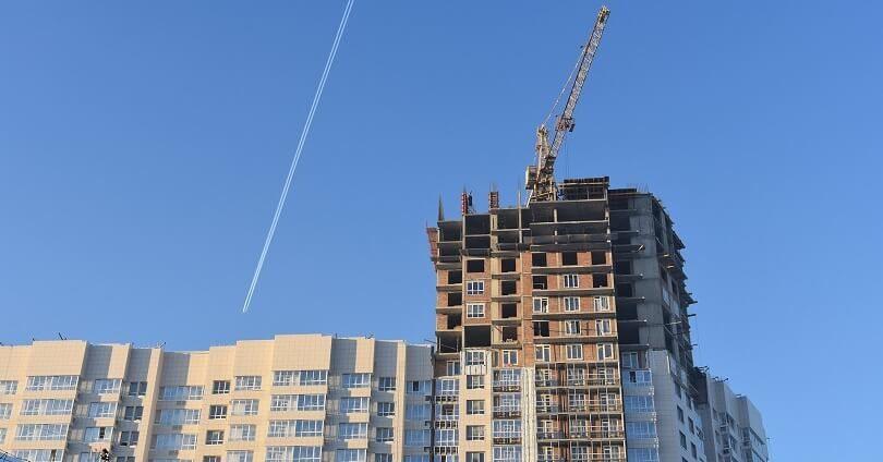 Инвестиции и госпрограммы активизируют рынок жилищного строительства