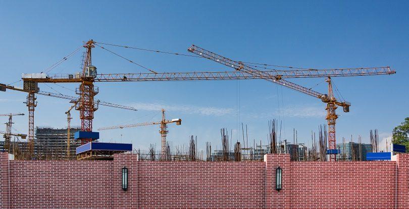 708 ветхих домов планируют снести по программе реновации в Алматы
