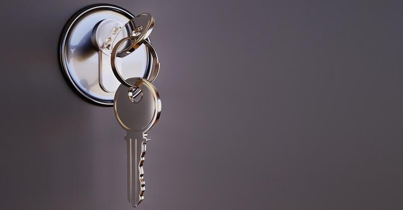 Многодетным матерям вручили ключи от квартир в Алматы